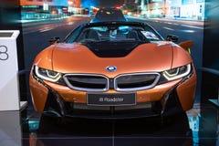 De Open tweepersoonsauto van BMW i8 stock foto's