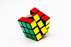 De opgeloste Kubus van Rubik Stock Foto