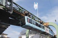 De opschortingsspoorweg stock foto