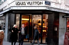 De Opslag van Louis Vuitton Stock Foto's