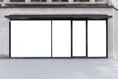 De Opslagvoorzijde van de winkelboutique met Groot Venster en Plaats voor Naam Stock Afbeelding