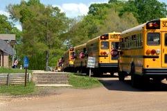 De opstelling van de bus voor afterschoolLevering Royalty-vrije Stock Afbeeldingen