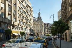 De opstopping op de straat van Calea Victoriei in de stad van Boekarest in Roemenië Royalty-vrije Stock Afbeelding