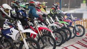 De opwinding van het motocross pre-begin stock videobeelden
