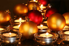 De ornamenten van Kerstmis, kaarsen stock afbeelding