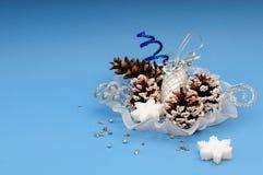 De ornamenten van Kerstmis in vaas Royalty-vrije Stock Fotografie