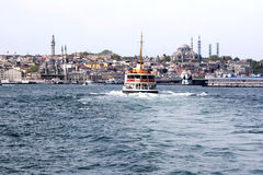 De oro-Claxon - Estambul Fotografía de archivo