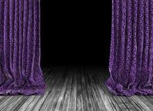 De oude achtergrond van theatergordijnen Royalty-vrije Stock Afbeeldingen