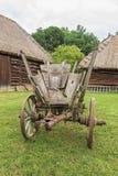 De oude antieke rustieke wagen van de grungegeschiedenis royalty-vrije stock foto