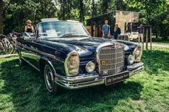 De oude Auto's tonen Stock Foto