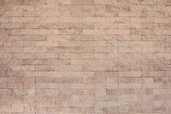 De oude bakstenen muur in antiquiteit en was beschadigd royalty-vrije stock afbeeldingen
