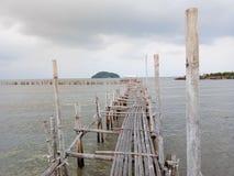 De Oude bamboebrug Royalty-vrije Stock Foto