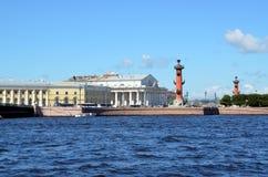 De oude Beurs van Heilige Petersburg Stock Afbeelding