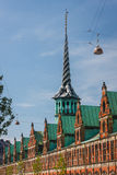 De oude beursbouw in Kopenhagen stock foto's