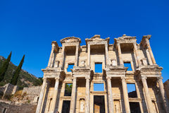 De oude Bibliotheek van Celsius in Ephesus Turkije Stock Afbeeldingen