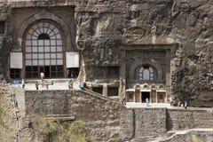 De oude Boeddhistische tempels van de Rots in Ajanta stock foto