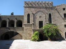 De oude bouw in de oude foto van stadsrhodos  Stock Foto's