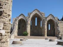 De oude bouw in de oude stad Rhodos Royalty-vrije Stock Afbeeldingen