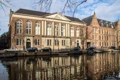 De oude Bouw van Amsterdam royalty-vrije stock foto's