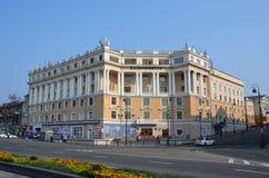 De oude bouw in Vladivostok stock fotografie