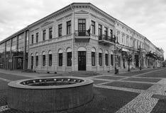 De oude bouw in zwart-wit Royalty-vrije Stock Foto's