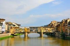De oude brug in de stad van Florence, Italië Royalty-vrije Stock Afbeelding