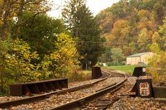 De oude brug van de spoorweg. Stock Afbeelding