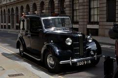 De Oude Cabine van Londen   Stock Afbeelding