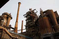 De oude de industriebouw in Landschaftspark Duisburg Royalty-vrije Stock Afbeeldingen