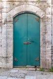 De oude deur van het geschiedenisijzer Stock Foto