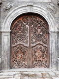 De Oude Deur van San Agustin Church (Manilla, Filippijnen) stock foto