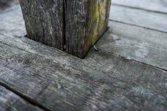 De oude donkere houten houten planken van het textuur natuurlijke patroon Royalty-vrije Stock Fotografie