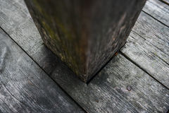 De oude donkere houten houten planken van het textuur natuurlijke patroon Stock Fotografie