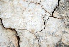 De oude doorstane gebroken achtergrond van de muurtextuur Royalty-vrije Stock Foto