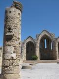 De oude en oude bouw in de oude stad Rhodos Royalty-vrije Stock Afbeeldingen