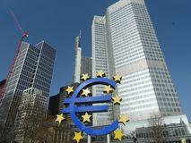 De oude Europese Centrale Bankbouw in Frankfurt royalty-vrije stock afbeelding