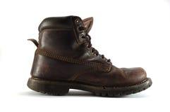 De oude geïsoleerdem schoen van de leertoerist - Stock Foto's