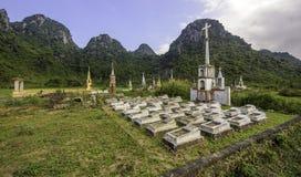 Oude graven in Vietnam 6 royalty-vrije stock fotografie