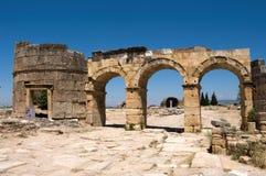 De oude Griekse en Roman stad van Hierapolis Stock Foto's