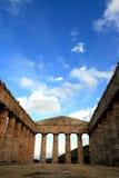 De oude Griekse tempel van Segesta, Italië Stock Foto's