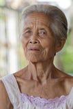 De oude grijze haired vrouw van het portret, Azië Stock Fotografie