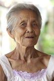 De oude grijze haired vrouw van het portret, Azië royalty-vrije stock foto