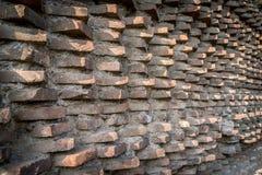 De oude historische textuur van de grungebakstenen muur als achtergrond stock fotografie