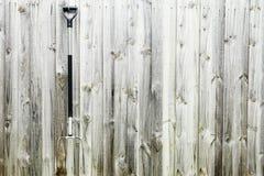 De Oude hooivork op houten achtergrond Stock Fotografie