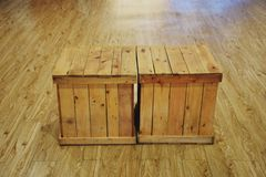 De oude houten stoeldoos voor verfraait royalty-vrije stock afbeeldingen