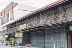 De oude houten winkel Stock Afbeeldingen