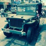 De oude Jeep van het Leger Stock Afbeeldingen