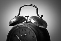De oude klok tikt Royalty-vrije Stock Afbeeldingen