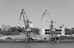De oude ladingshaven op de rivier trekt aan Rostov-op-trek, Rusland aan 13 september, 2016 Stock Fotografie