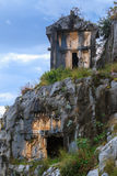 De oude Lycian-graven van de rotsbesnoeiing royalty-vrije stock foto